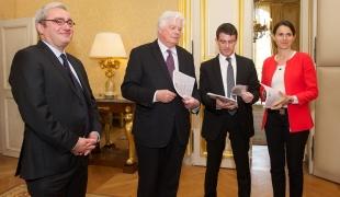 Remise du rapport de Michel Françaix sur l'avenir de l'Agence France-Presse