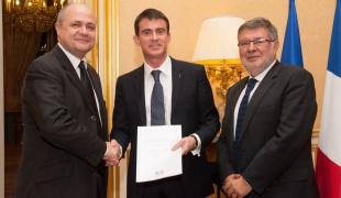Remise du rapport sur la Compétitivité du transport aérien français