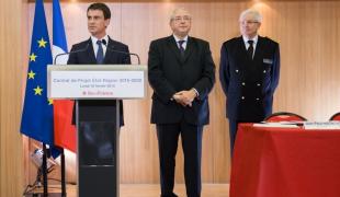 Signature du projet de contrat de plan Etat-région au Conseil régional d'Île-de-France
