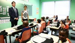 Rentrée scolaire : le Premier ministre à la rencontre des élèves et des personnels éducatifs d'Évry