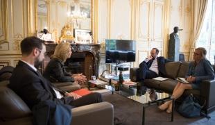 le Premier ministre, Édouard Philippe, reçoit  Isabelle Falque-Perrotin, présidente de la Commission nationale de l'informatique et des libertés (CNIL)