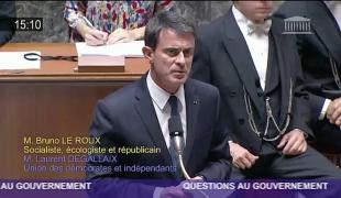 Manuel Valls annonce de nouvelles mesures pour sécuriser les interventions des policiers en zones sensibles