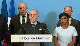 Guyane : Bernard Cazeneuve appelle à la poursuite du dialogue