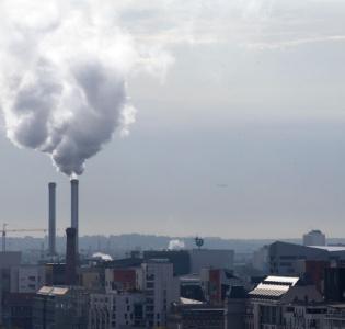 Avant la COP 21, la France adopte sa stratégie nationale bas-carbone
