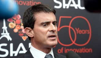 Photo de Manuel Valls au SIAL