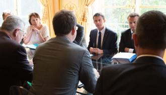Manuel Valls lors de la réunion de ministres sur les filières d'élevage
