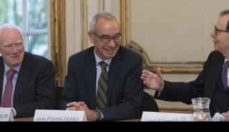 France Stratégie est chargé d'organiser, à la demande du Commissariat général à l'investissement, l'examen à mi-parcours du Programme d'investissements d'avenir (PIA)