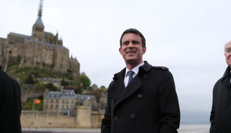 Manuel Valls en déplacement au Mont-Saint-Michel, le 25 avril 2016