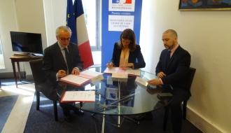 Signature d'une charte entre le Secrétariat d'Etat chargé de l'Aide aux victimes et le Conseil national des barreaux
