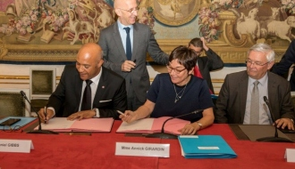 Philippe GUSTIN remet son rapport au Gouvernement