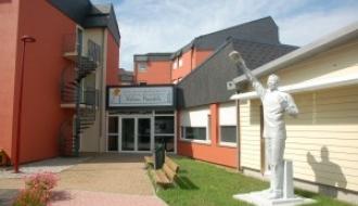 Logement et insertion des réfugiés : la Dihal en déplacement dans la Sarthe (72)