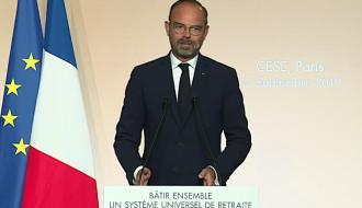 Le Premier ministre pendant son discours au CESE