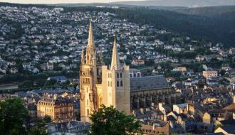Programme EMILE, la Dihal à la rencontre des partenaires et des bénéficiaires dans le Cantal et en Lozère