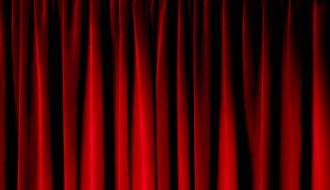 Un rideau de salle de spectacle
