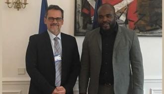Entretien sur la couverture sociale des étudiants calédoniens avec le Délégué interministériel Jean-Marc MORMECK et le Député de Nouvelle Calédonie Philippe DUNOYER