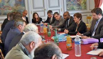 Jean-Marc MORMECK rend compte de sa mission en Nouvelle-Calédonie devant les élus de Nouvelle-Calédonie