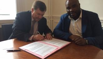 Jean-Marc MORMECK se réjouit que le Groupe BARBOTTEAU signe la Convention #EgalitéEmploi