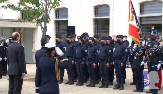 Hommage du Premier miniostre Jean Castex au brigadier Éric Masson, en Avignon