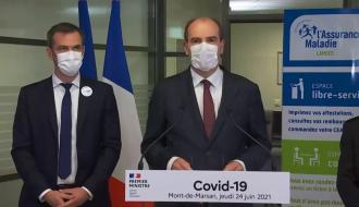 Le Premier ministre Jean Castex et le ministre Olivier Véran, chargé de la Santé