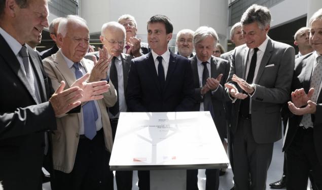 Déplacement de Manuel Valls à Metz et visite du CEA Tech du Technopôle