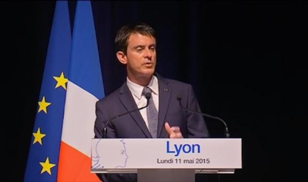"""Biotechnologies : Manuel Valls salue """"l'éco-système exemplaire"""" à Lyon"""