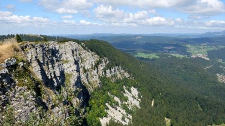 Accéder à la page dédiée à l'action Un nouveau pacte entre la Nation et la montagne