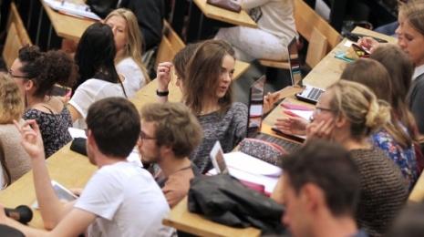 Accèder à la page Plan étudiants : accompagner chacun vers la réussite