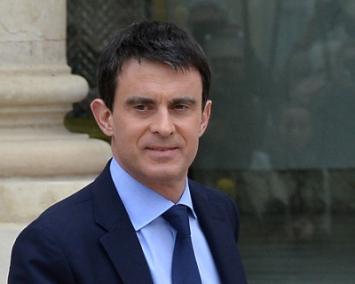 Photo de Manuel Valls sur le perron de l'Élysée
