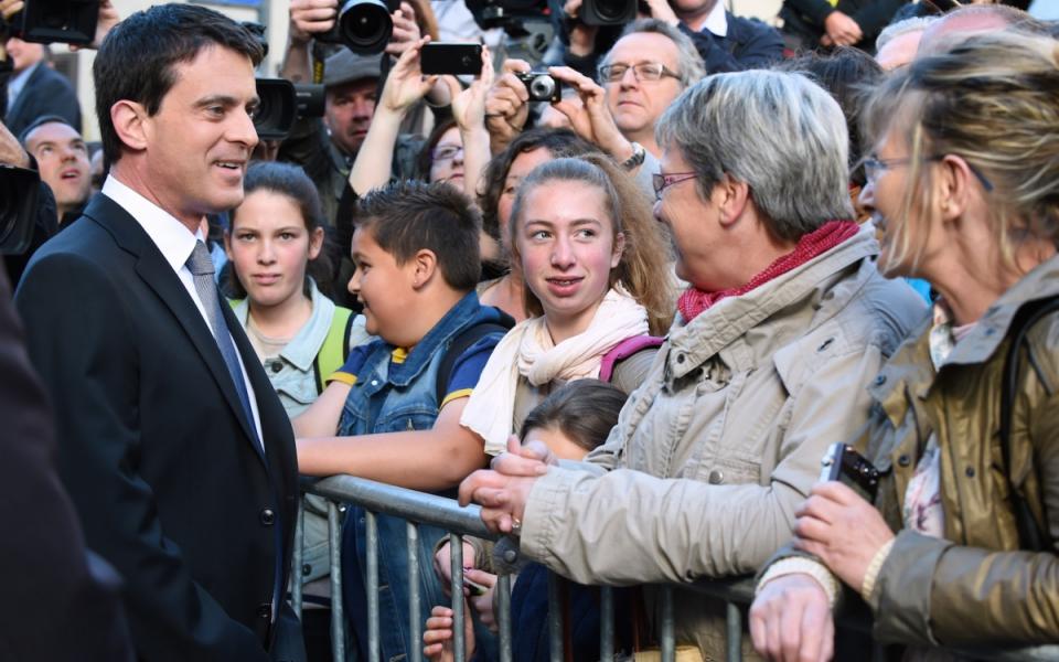 Arrivée de Manuel Valls à Bayeux.