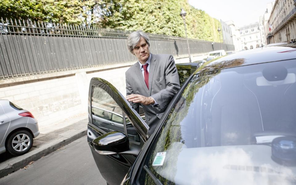 12h45, Stéphane Le Foll rentre à son ministère pour poursuivre sa journée de travail.