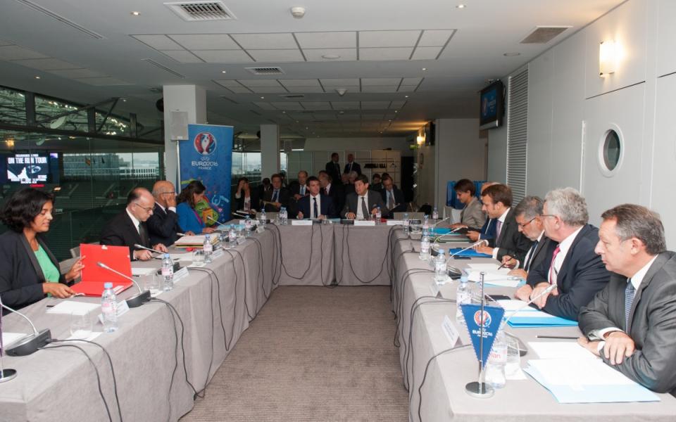 Réunion interministérielle présidée par Manuel Valls.