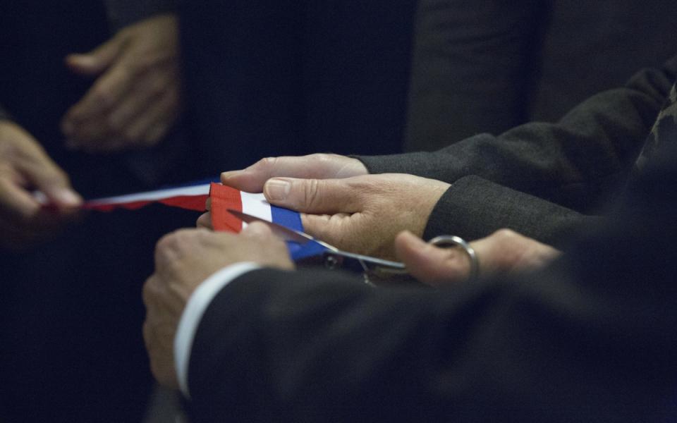 13 ans après AZF, Manuel Valls visite et inaugure l'Oncopole de Toulouse