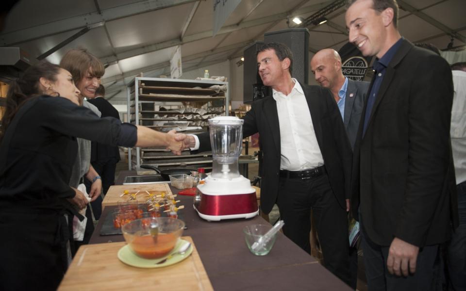 Inauguration des Halles de Jim : Manuel Valls visite les stands