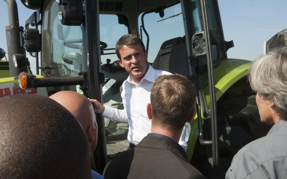 """Manuel Valls à l'évènement organisé par les Jeunes Agriculteurs """"Les terres de Jim"""""""
