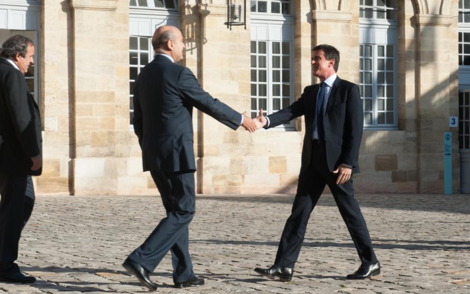 Accueil de Manuel Valls par Alain Juppé, maire de Bordeaux