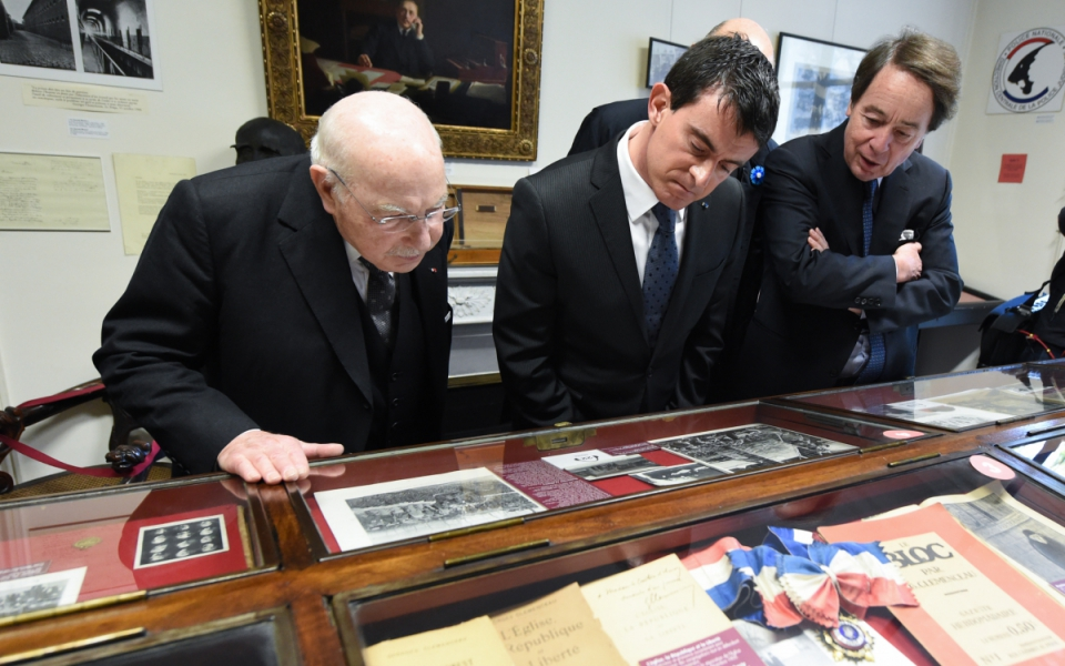 Manuel Valls visite le musée Clemenceau