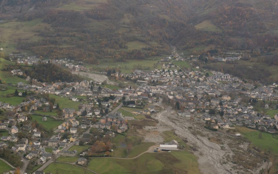 Vue aérienne des Hautes-Pyrénées