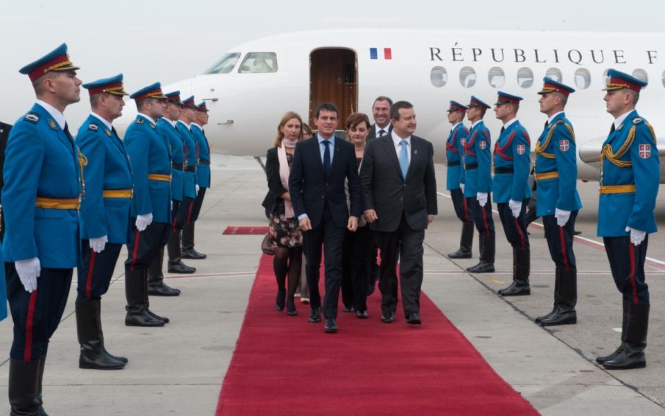 Arrivée de Manuel Valls à Belgrade