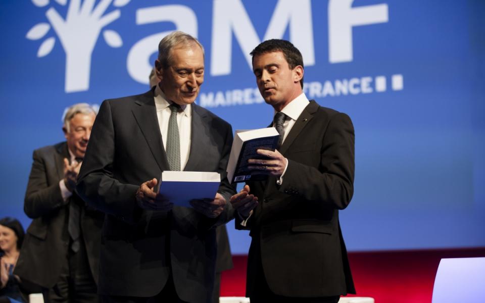 Manuel Valls au 97e Congrès de l'Association des maires de France