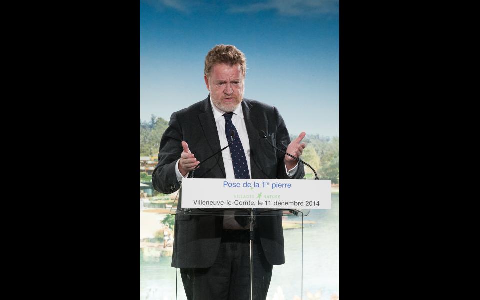 """Vincent Eblé, président du conseil général de Seine-et-Marne lors de la pose de la première pierre du """"Village nature"""""""