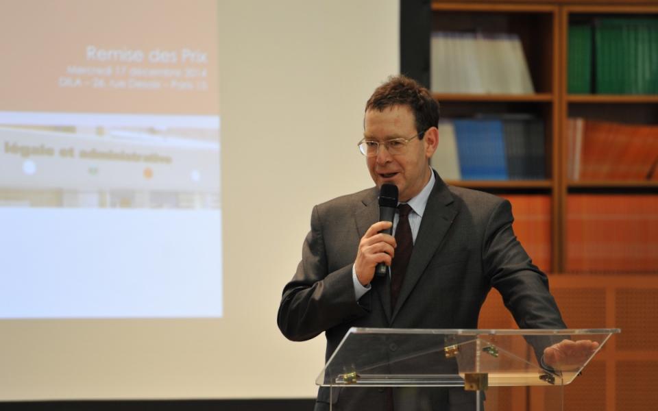 Bertrand Munch directeur de l'information légale et administrative