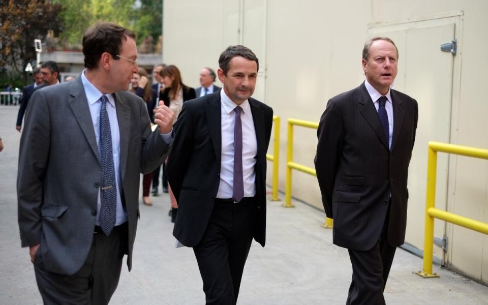 Thierry Mandon, Bertrand Munch, directeur de l'information légale et administrative, et Philippe Goujon, maire du XVe arrondissement de Paris
