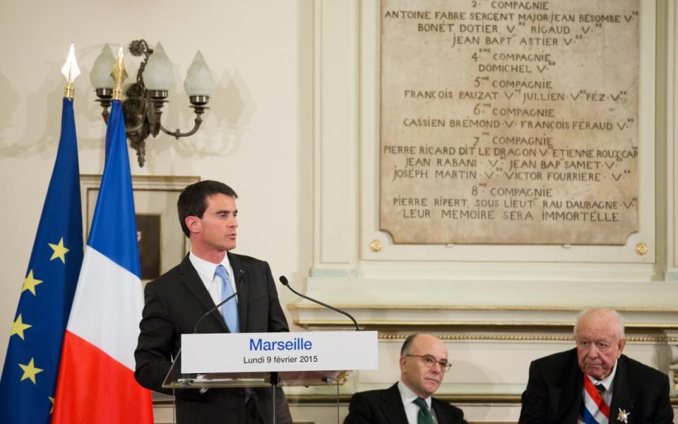 Discours du Premier ministre en présence de Bernard Cazeneuve et Jean-Claude Gaudin, maire de Marseille