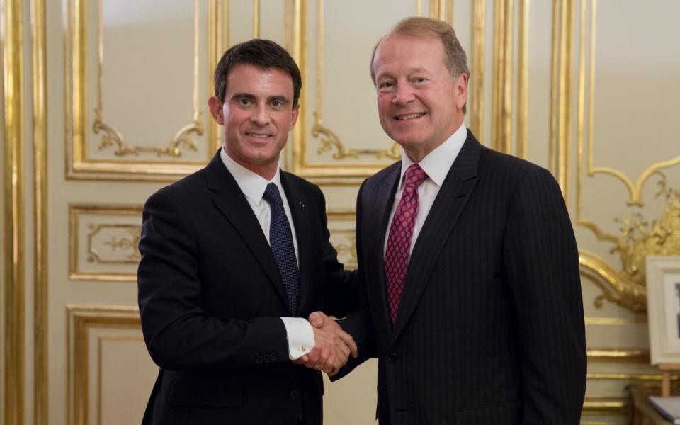 Manuel Valls et John Chambers, dirigeant du groupe Cisco
