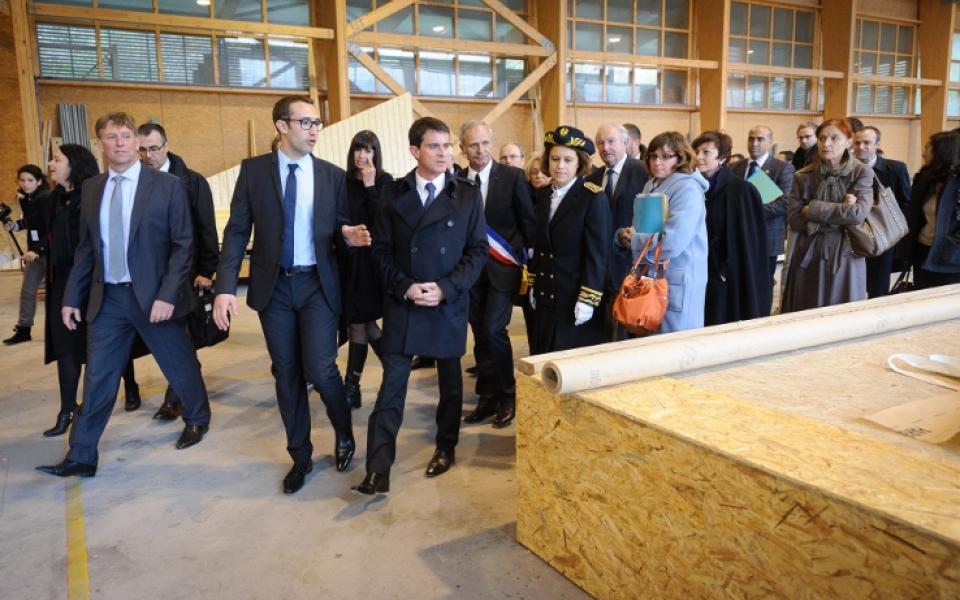"""Le 29 novembre 2014, Manuel Valls et Sylvia Pinel sont à Pierrefitte-Nestalas (65) pour un atelier """"Rénover le cadre institutionnel dans les territoires ruraux"""""""