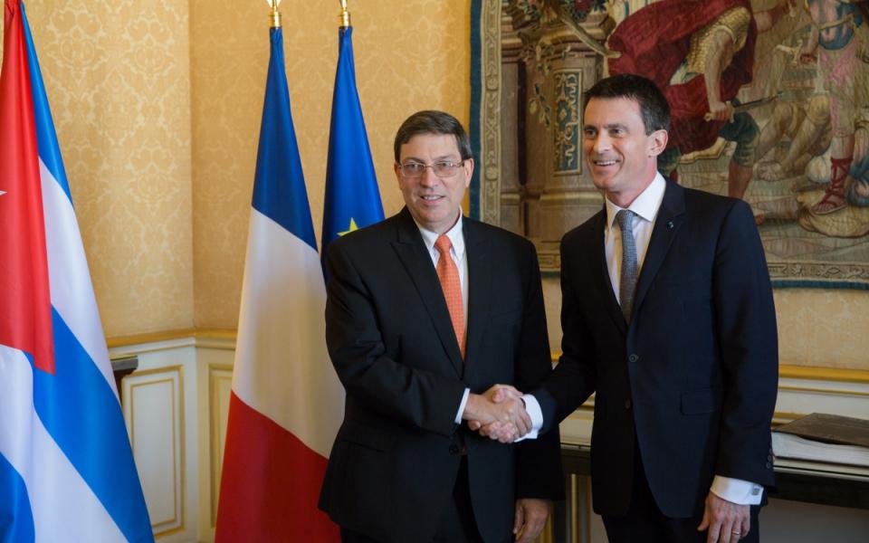 Manuel Valls et Bruno Eduardo Rodríguez Parrilla, ministre des Relations extérieures de la République de Cuba