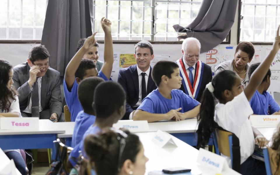 Visite de l'école Denise Salaï à Saint-Benoit