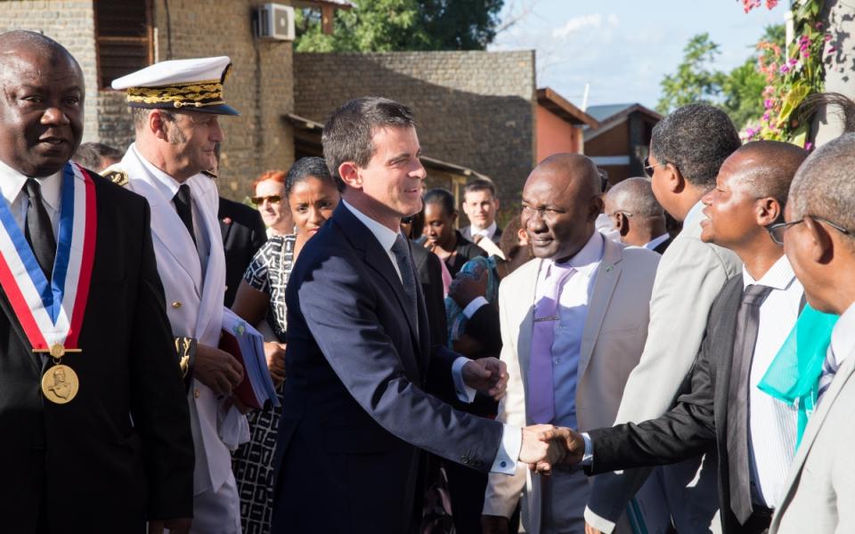 Arrivée de Manuel Valls au conseil départemental à Grande Terre