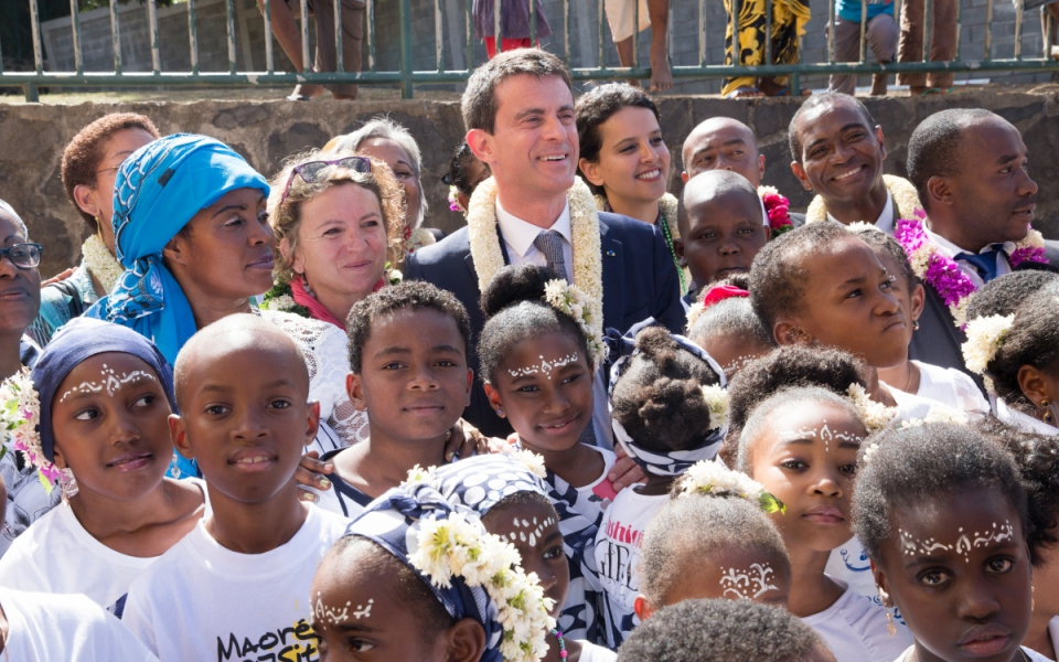 Manuel Valls au groupe scolaire de Poroani à Chirongui (Grande Terre)
