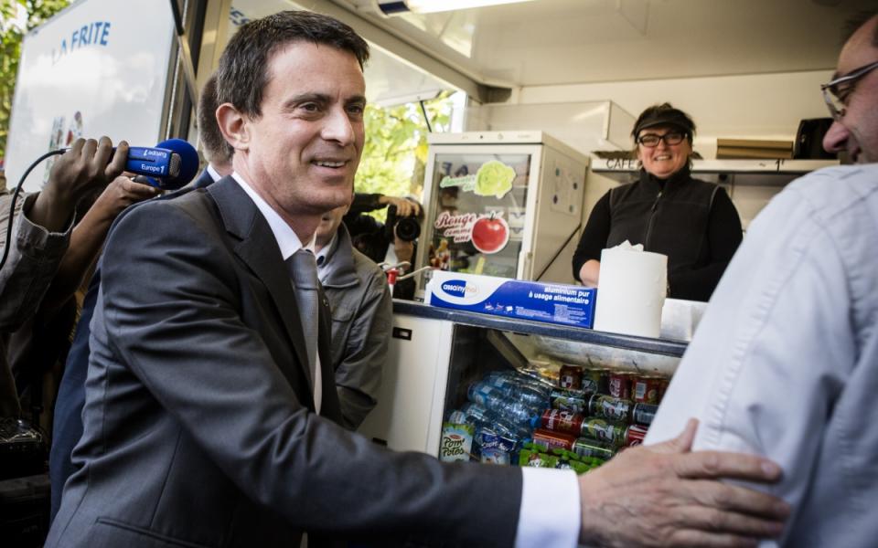 Manuel Valls rencontre les commerçants d'Abbeville